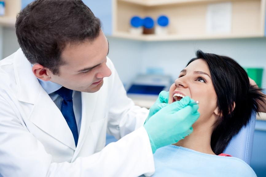 Como evitar as dores nas costas na prática odontológica?