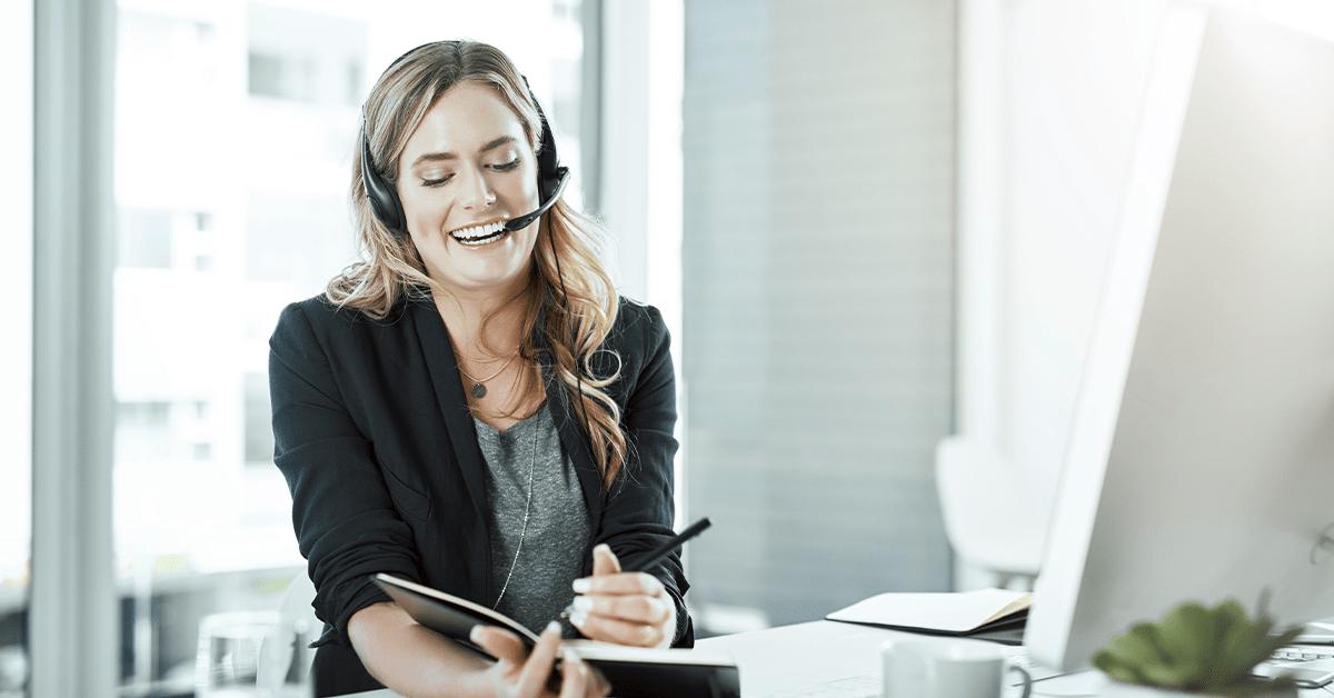 Características de uma secretária de alto nível | Dental Office